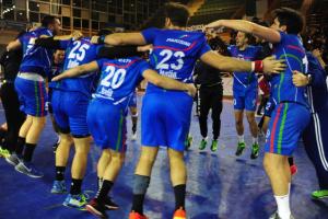 La nazionale italiana che esulta per la vittoria sul Lussemburgo